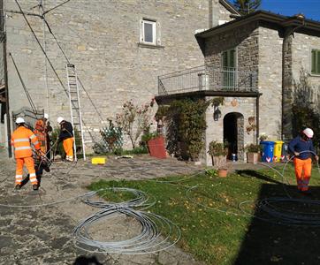 IEME iniciou construção de duas redes de fibra ótica em Emilia Romagna - Itália