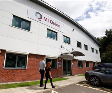 MJ Quinn assina contrato para a construção e manutenção da rede de telecomunicações no País de Gales durante cinco anos
